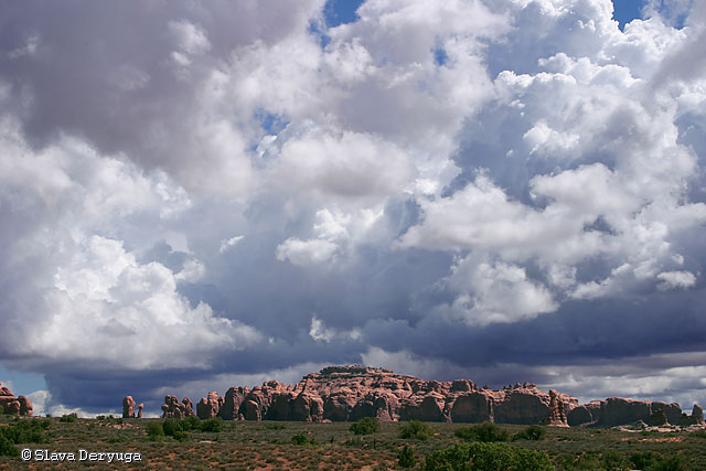 Storm is Coming (Arches National Park, USA)