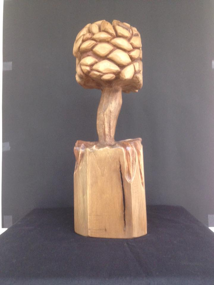 Woodcarver Luxembourg sculpter.lu