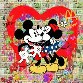 Minnie and Mickey in LOVE