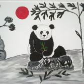 Panda unter der roten Sonne