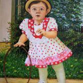 Kleines Mädchen mit Reif