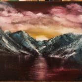 Sonnenuntergang hinter den Bergen
