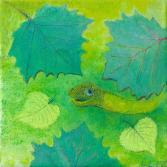 Reptil unter Blättern